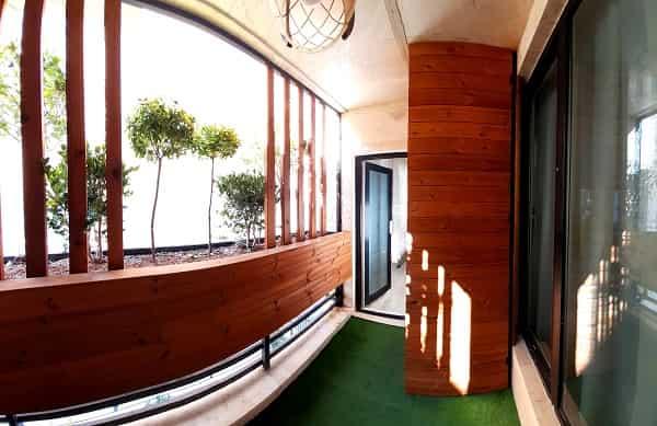 نمای 360 از یک تراس سبز اجرایی توسط شرکت چوب و چکش