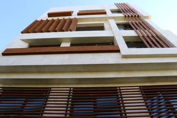 هنر زیبای طراحی نمای ساختمان با استفاده از چوب و ترموود