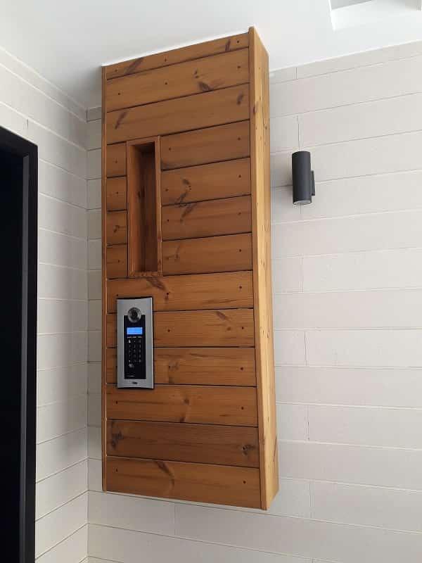 چوب حرارتی مورد استفاده در سر درب خانه